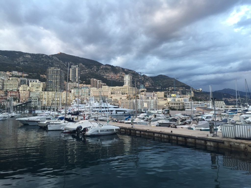 cannes-2041119_1280